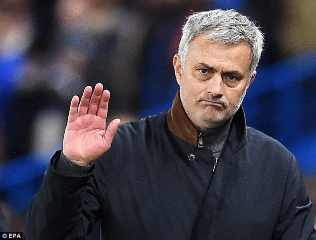 Mourinho responds to Chelsea fans' taunts